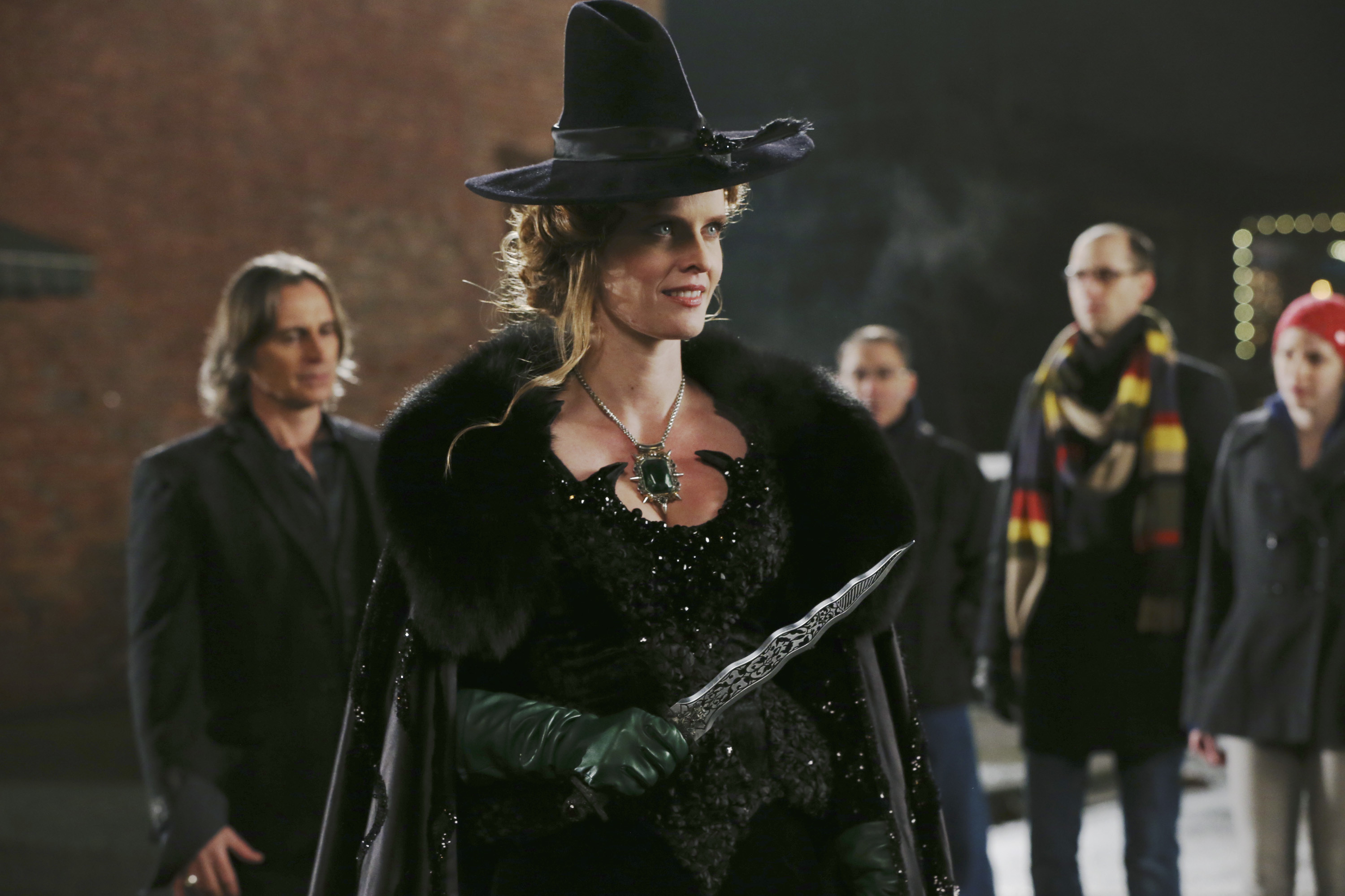 Six Beloved Cast Members Are Leaving 'Once Upon a Time' After Season 6