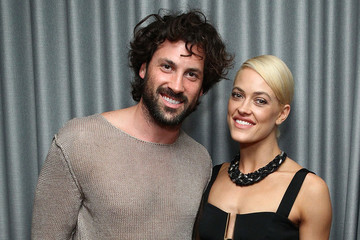 'Dancing With the Stars' Coaches Peta Murgatroyd and Maksim Chmerkovskiy Marry in New York
