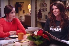 The First Teaser for the 'Gilmore Girls' Revival Is Everything You Wanted It to Be & So Much More!