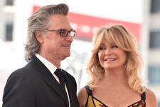 Goldie Hawn Adorably Wishes Kurt Russell A Happy 67th Birthday