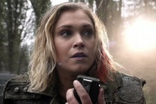 Clarke Is a Mom, and Other Juicy Spoilers About 'The 100' Season 5