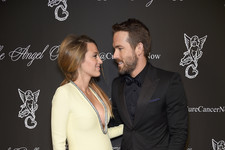 Blake Lively and Ryan Reynolds Get Cute on the Red Carpet