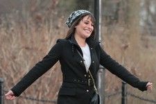 Lea Michele Sings and Smiles on the Set of 'Glee'