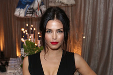 Jenna Dewan-Tatum Paints the Town Red