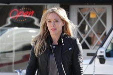 Hilary Duff Gets Takeout