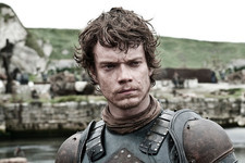 The Internet Ripped Into Theon Greyjoy and Forgot He's a Traumatized Man