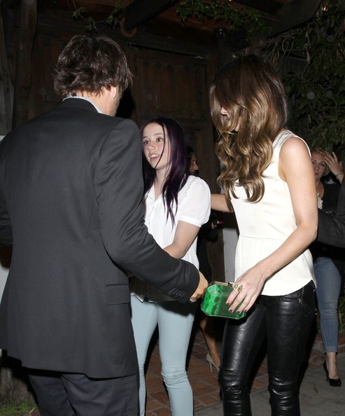 Kate Beckinsale In Actress Kate Beckinsale Leaves The