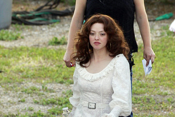 Linda amanda lovelace as seyfried