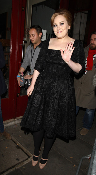 Adele Adkins - Stars Leave the Royal Variety Performance