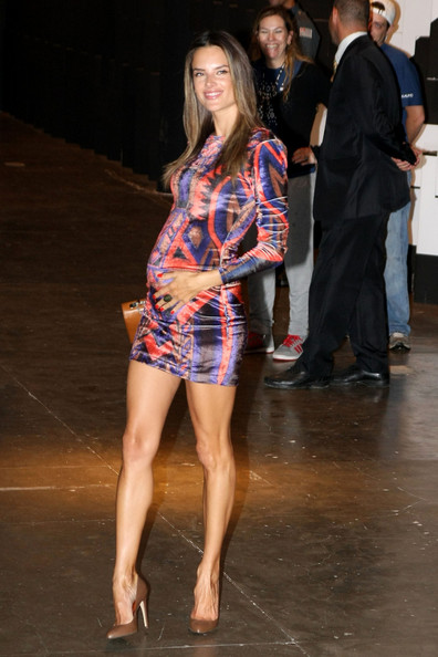 Alessandra Ambrosio - Alessandra Ambrosio at Sao Paulo Fashion Week
