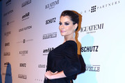 Alinne Moraes Photos Photo