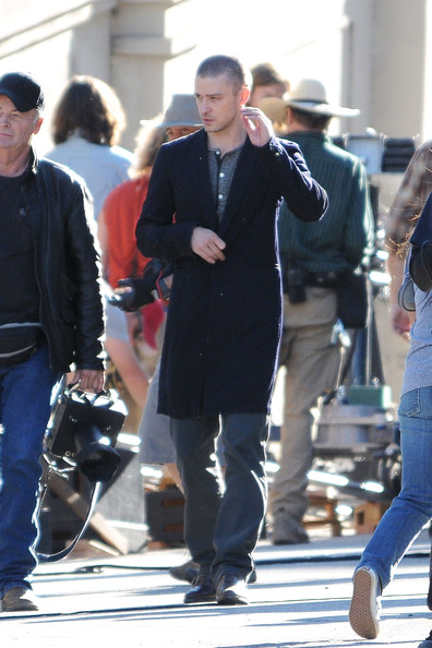 "Amanda Seyfried and Justin Timberlake are spotted on the set of their upcoming science fiction movie ""Now"", filming in Pasadena. Both Seyfried and Timberlake were holding hand guns while filming a scene together."