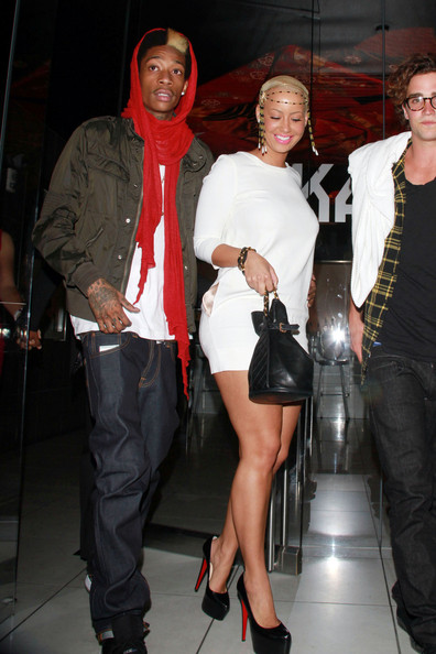 amber rose and wiz khalifa cartoon. tattoo wiz khalifa amber rose.