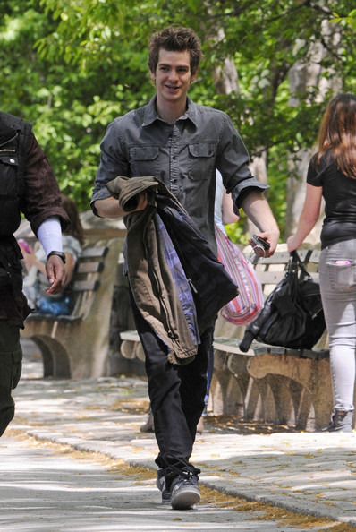 "Andrew Garfield walks around the set of ""The Amazing Spiderman."