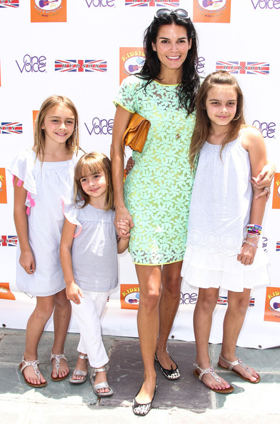 Photo of Angie Harmon & her Daughter  Emery Hope Sehorn