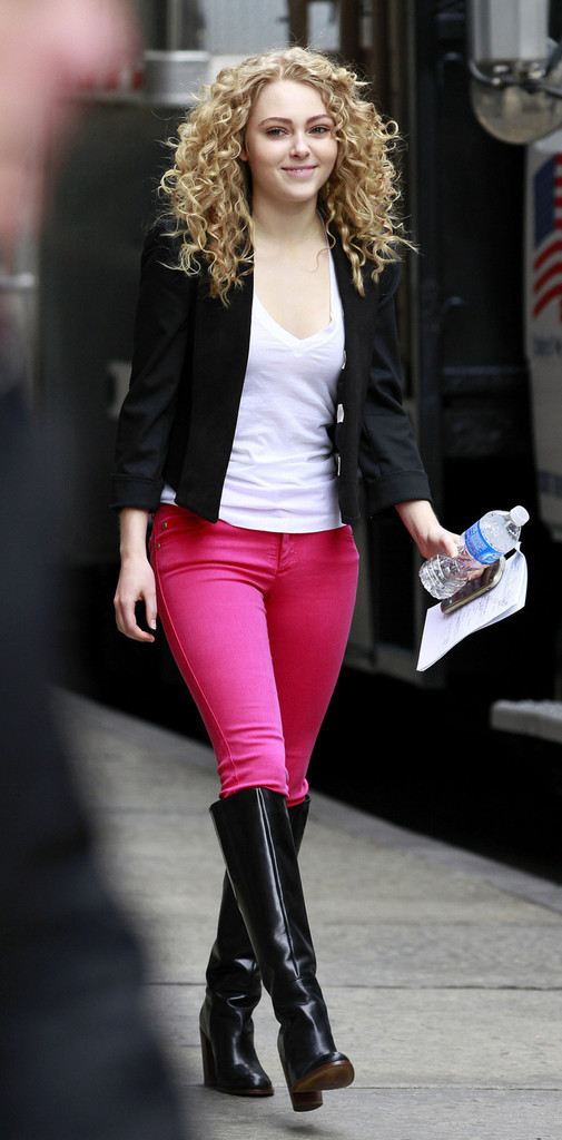 Annasophia Robb Films The Carrie Diaries Zimbio