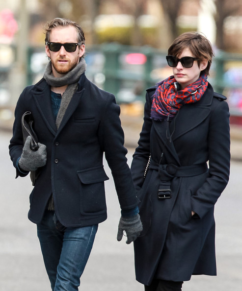 Anne Hathaway Spouse: Anne Hathaway Walks With Her