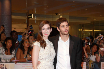 "Anne Hathaway Jim Sturgess Anne Hathaway at the European premiere of the romantic movie ""One Day"""