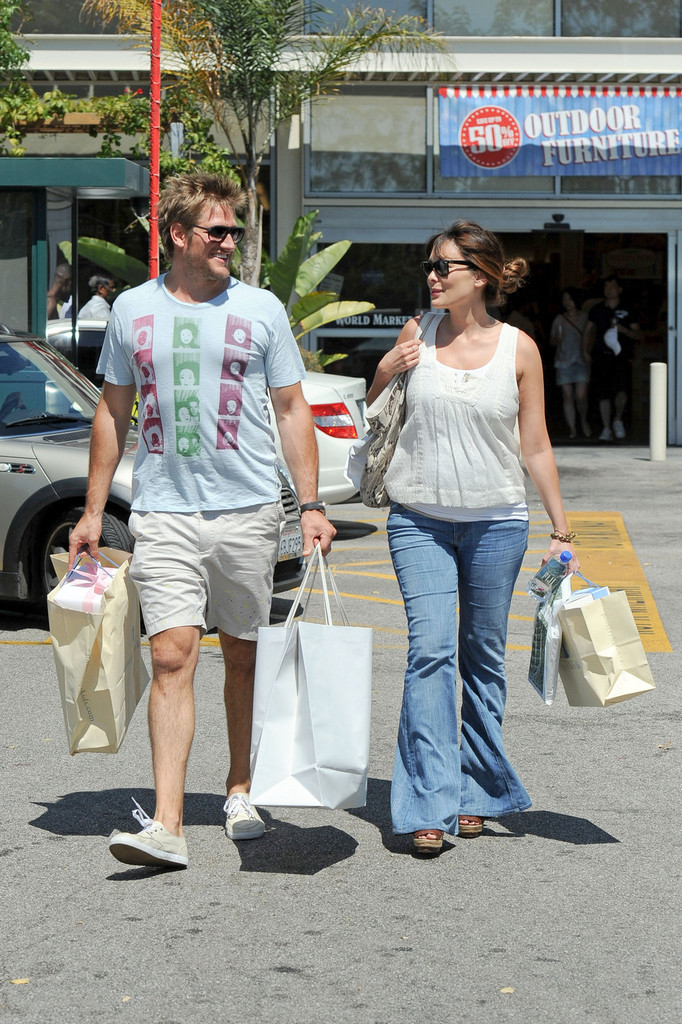 Lindsay Price on life with Aussie husband Curtis Stone ...
