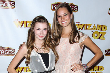 Bailey Noble Emily Mest 'The Wizard of Oz' Opening Night in LA