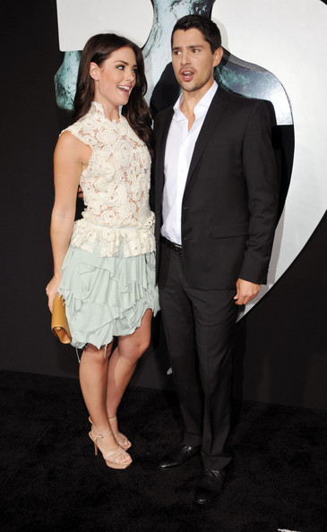 http://www3.pictures.zimbio.com/pc/Beau+Dunn+Red+Carpet+Final+Destination+5+wnQZfDEwYzFl.jpg