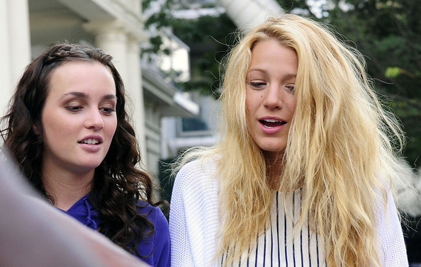 Blake Lively and Leighton Meester - Page 2 Blake+Lively+Leighton+Meester+perform+set+3kx8HqeHWhfl
