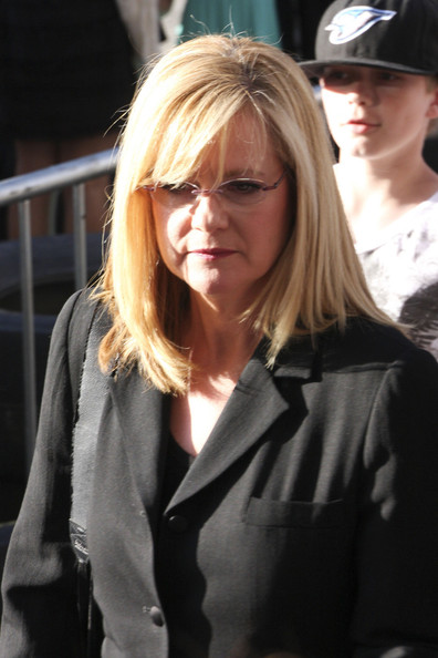 Bonnie Hunt Pictures - Celebs at the 'Cars 2' Premiere ...