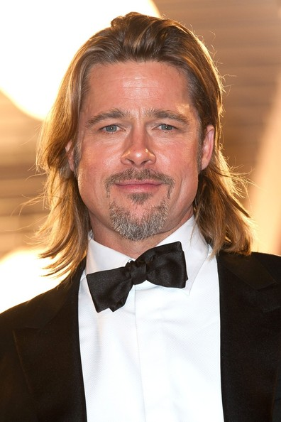 http://www3.pictures.zimbio.com/pc/Brad+Pitt+Jeremy+Irons+arrives+screening+Killing+BDURHcbJouul.jpg