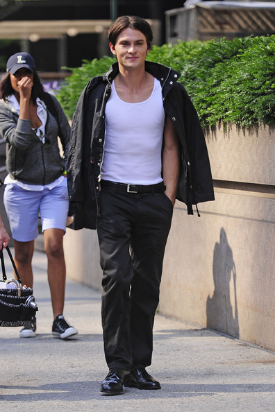 "British pop singer Kate Nash joins Shiloh Fernandez on the set of ""Syrup"" as they film scenes in New York. Shiloh enjoyed a smoke as he strolled to the set on Park Avenue."