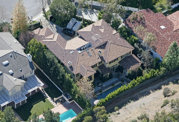 photo: house/residence of arrogant 0.1 million earning Los Angeles, CA, United States-resident
