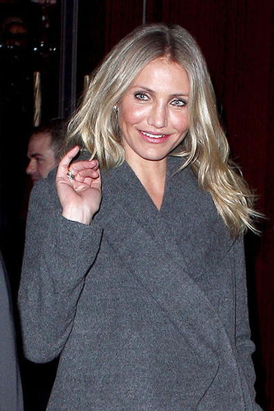 cameron diaz smile. صور Cameron Diaz Paris 2011