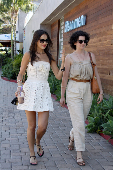 Camilla Belle Camilla Belle enjoys an iced coffee as she goes shopping with a friend at Planet Blue in Malibu.