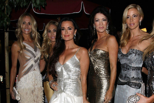Camille Grammer Kyle Richards Kim Richards Taylor Armstrong Lisa Vanderpump Adrienne Maloof Camille Grammer And Adrienne Maloof Photos The Real Housewives Of Beverly Hills Party In Hollywood Zimbio,Wedding Guest Flower Girl Dresses 2020