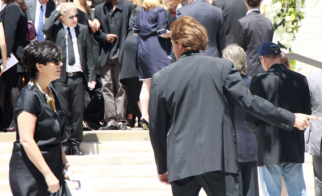Download image robert kardashian sr funeral pc android iphone and