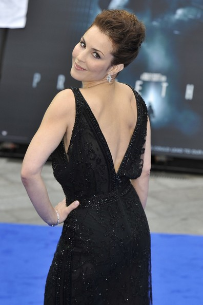 noomi rapace in charlize theron at the london premiere of