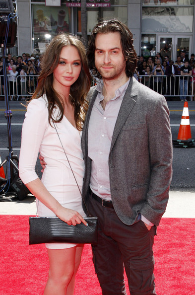Chris D'Elia Breaks Down the Do's and Don'ts of Dating ...