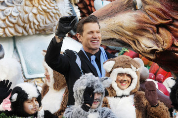 Chris Isaak Celebrities Enjoy the Annual Macy's Thanksgiving Day Parade in New York City
