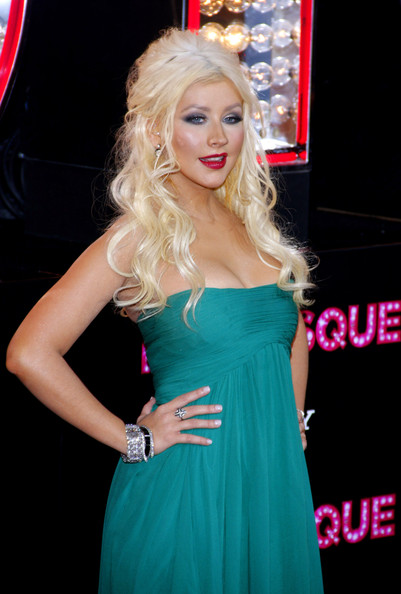 "Christina Aguilera Christina Aguilera at the Los Angeles premiere of ""Burlesque"" held at the Grauman's Chinese Theater, Los Angeles."