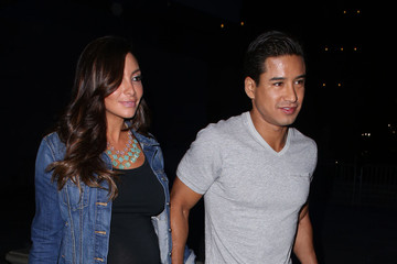 Courtney Laine Mazza Mario Lopez and Courtney Mazza at the Bruno Mars Concert