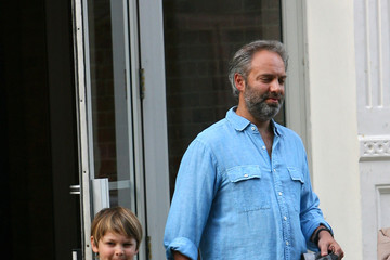 Joe Mendes Kate Winslet and Sam Mendes Walk the Kids to School