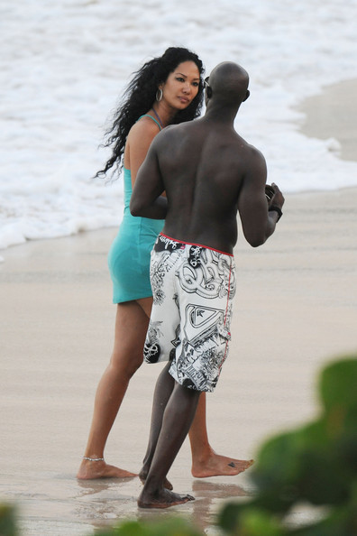 Theme Djimon hounsou and kimora lee simmons