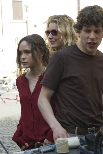 "Ellen Page and Jesse Eisenberg on the set of Woody Allen's latest movie, ""Bop Decameron"" currently filming in Rome, Italy."