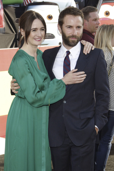 Emily Mortimer couple