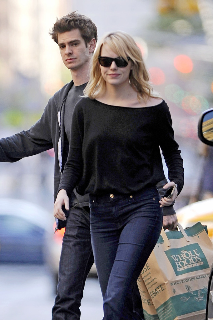 emma stone and andrew garfield out in nyc 2 zimbio