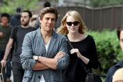 Emma Stone Chris Lowell Photos Photo