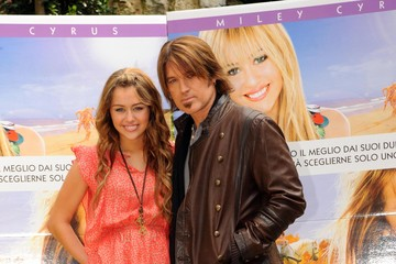 Billy Ray Cyrus FILE PHOTO: Billy Ray Cyrus and wife Leticia Cyrus have reportedly filed for divorce after 17 years of marriage