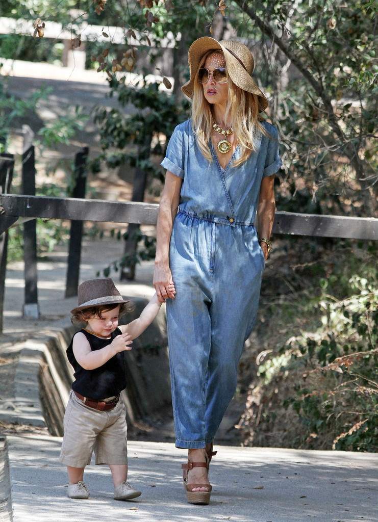 Fashion stylist Rachel Zoe seen with husband Rodger Berman and adorable son Skyler enjoying a afternoon hiking in Studio City, Los Angeles. The stylish mother was spotted wearing an all in one blue denim jumpsuit with sunglasses and high heeled sandals.