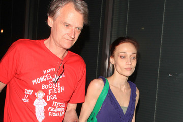 Fiona Apple A thin-looking Fiona Apple is seen leaving Katsuya restaurant with a mystery elder gentleman in Los Angeles