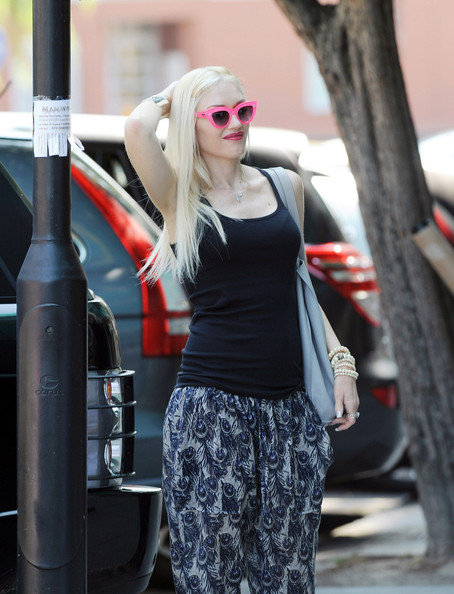 Gwen Stefani - Gwen Stefani and Gavin Rossdale Grab Lunch in London