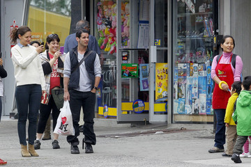 Tyce Diorio Katie Holmes Shops With Friends